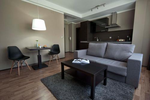A seating area at Soho Apartments