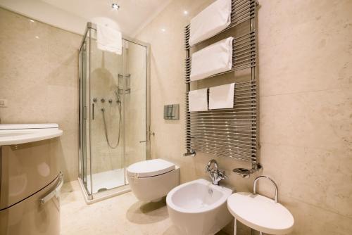 A bathroom at Al Redentore Di Venezia