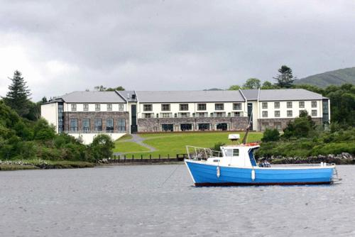 Golden's Cove Apartments at Sneem Hotel