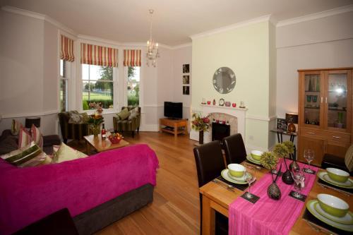 Langton Court Apartment