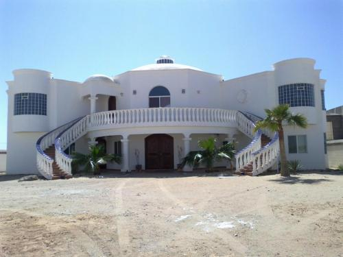 Casa Mariposa Azul by FMI Rentals