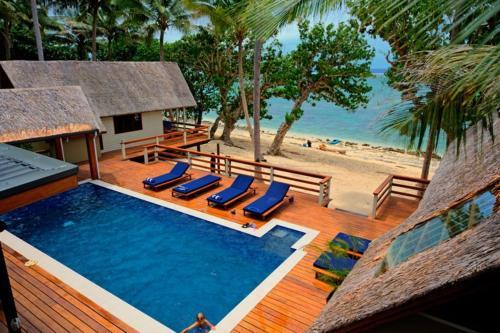 Coral Cove Beach Villas