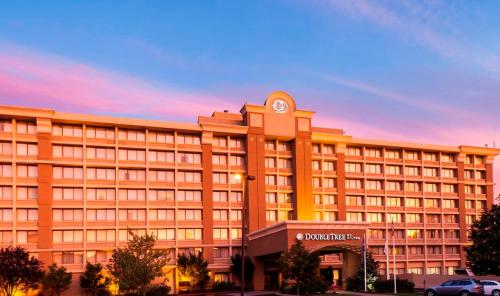 DoubleTree by Hilton Norwalk