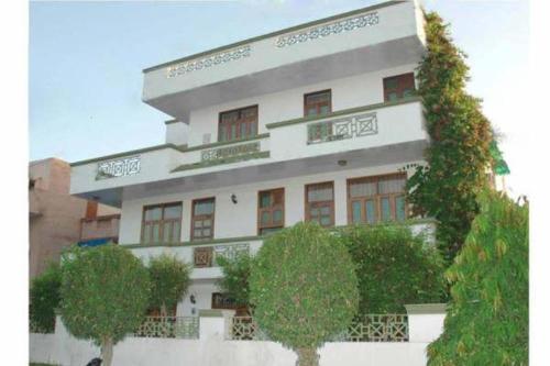 Ten46GGN - Krishnan Hospitality