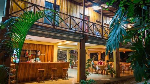 H&B Lodge Restaurant