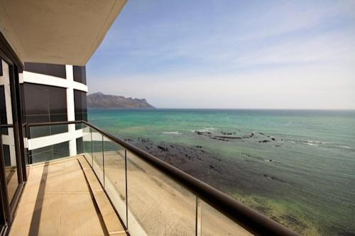 1102 Ocean View