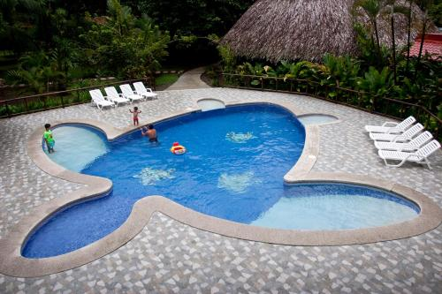 Turtle Beach Lodge