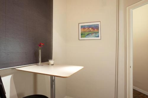 A bathroom at Modernist Apartment Barcelona