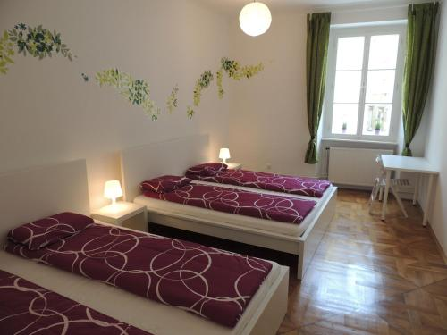 Apartment Eve Rooms