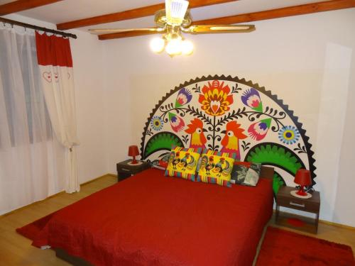 A bed or beds in a room at Holiday Home