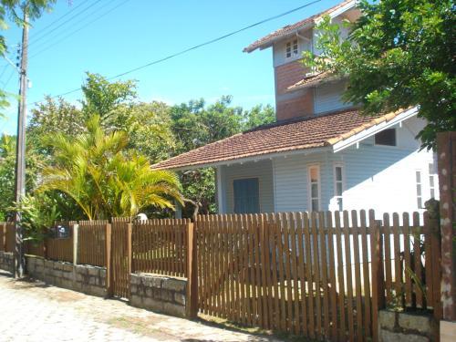 Casa Guarda do Embaú
