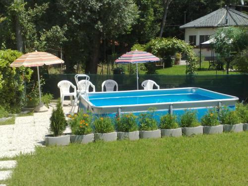 The swimming pool at or near Villa Regina Enrica