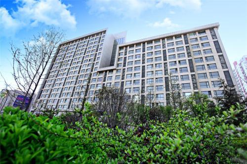 Qingdao Lejiaxuan Boutique Apartment Thumb Plaza Branch