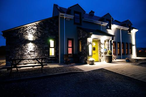 Roadford House Restaurant & Accommodation
