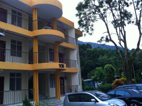 Menzan @ Bayu Emas Apartment
