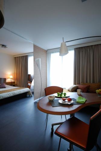 波爾多甘貝塔阿德吉奧公寓酒店