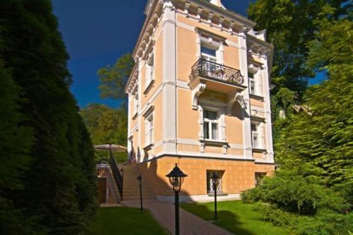 Pension Villa Renan