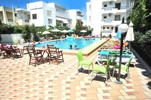 桑塔瑪瑞納公寓酒店