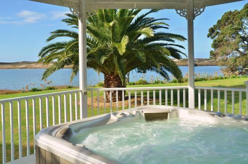 Bream Bay Lodge Waipu Cove