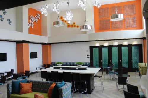 Best Western Premier Ashton Suites - Willowbrook
