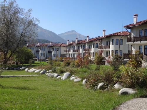 Bansko Castle Lodge Villas