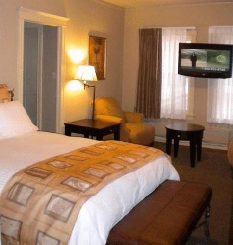 The Astor Hotel