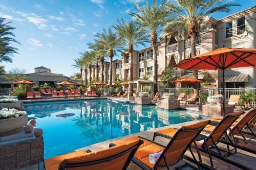 Gainey Suites Hotel