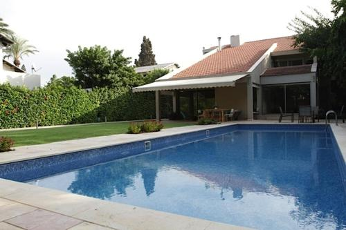 Herzliya Pituach Villa