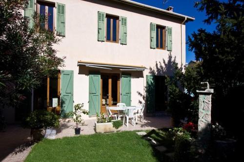 Villa in Aix En Provence III
