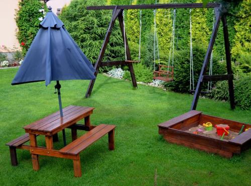 Children's play area at Ubytování v soukromí Rázlovi