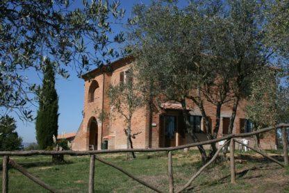 Villa in Castiglione Del Lago VII