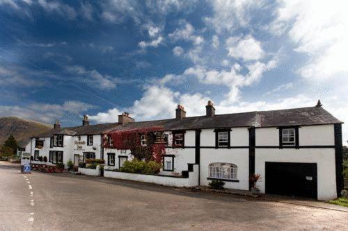 Strands Hotel/Inn & Micro Brewery