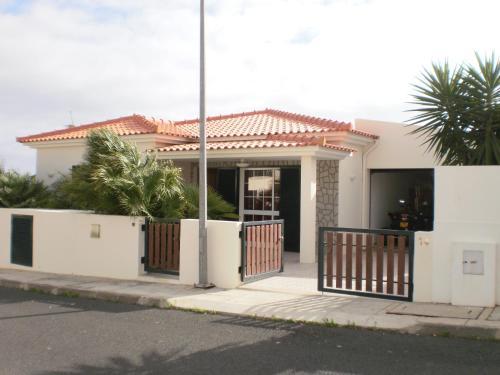 The facade or entrance of Casa das Cicas