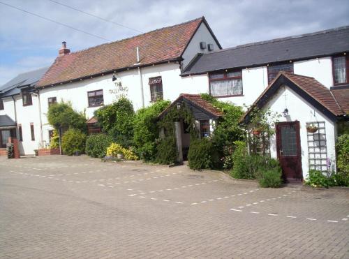 Tally Ho Inn