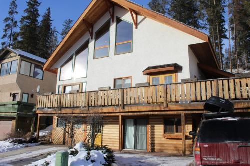 A Gem Inn the Rockies