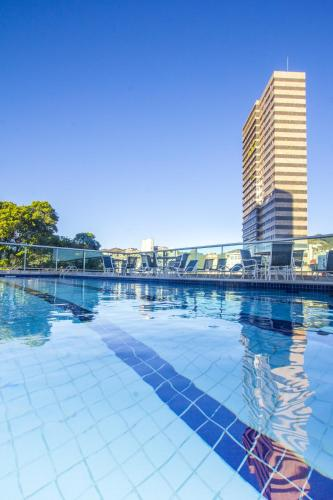 The swimming pool at or near Bourbon Belo Horizonte Hotel (Business)