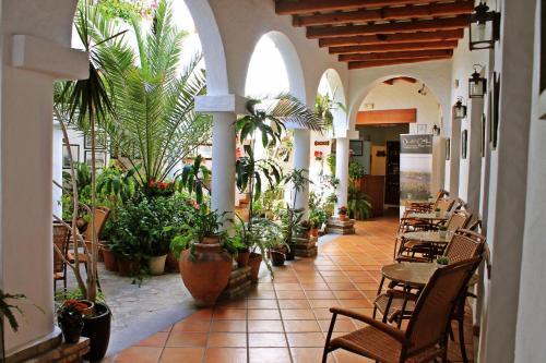 阿爾瑪德拉巴科尼爾酒店