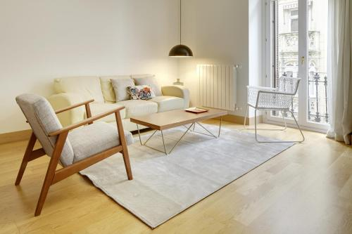 Easo Suite 8 Apartment by FeelFree Rentals