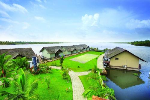 Emarald Island Floating Resort, Alleppey