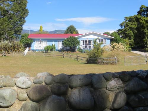 Rose Cottage Motel