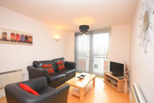 Town or Country - Sirocco Apartments