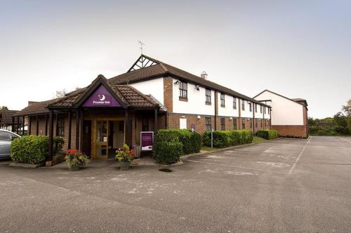 Premier Inn Wirral - Heswall