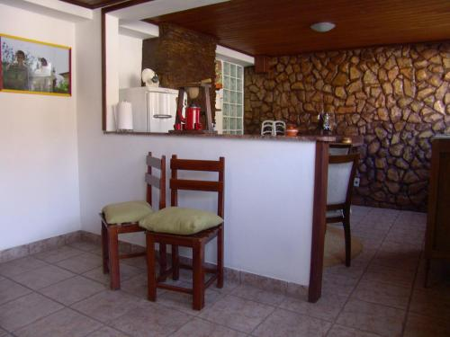 A kitchen or kitchenette at Casa de João