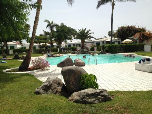 The swimming pool at or close to Bungalow Maspalomas