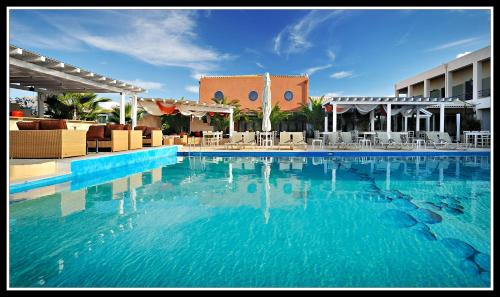 Ianos Hotel