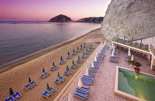 Hotel Vittorio Beach Resort