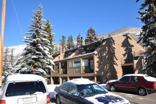 Pitkin Creek Park Condominiums by Gore Creek Properties