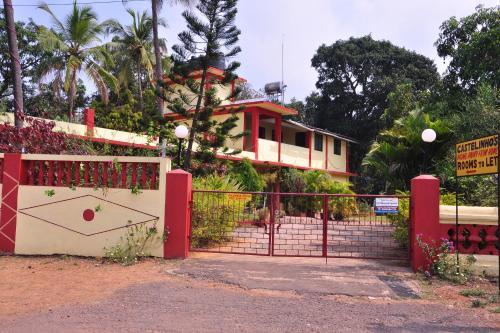 Castelinho's Home Away from Home