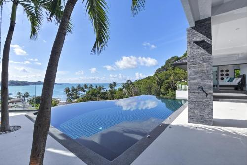 Luxury Villa in Cape Panwa
