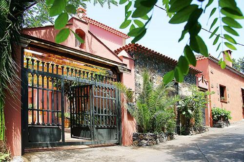 Casa Laurel